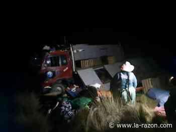 Seis personas resultan heridas tras embarrancamiento de un camión en La Rinconada - La Razón (Bolivia)