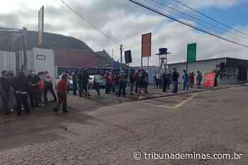 Moradores protestam e implosão de rocha é suspensa no Cruzeiro do Sul - Tribuna de Minas