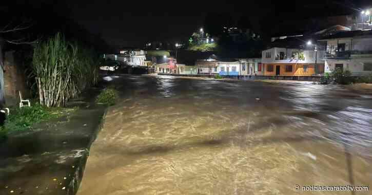Nueva emergencia en Antioquia por invierno: se inundó el municipio de Cisneros - Noticias Caracol