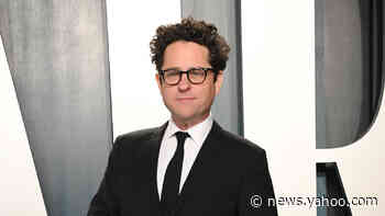 'Lisey's Story': JJ Abrams says Stephen King fans are as scary as 'Star Wars' fans (exclusive) - Yahoo News