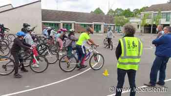 Savoir rouler à vélo : en Essonne, les écoliers de Bures-sur-Yvette prennent goût au deux-roues - Le Parisien