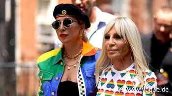 Das vielleicht aufregendste Duo für eine Capsule Collection? Lady Gaga und Donatella Versace - VOGUE Germany