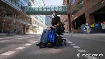 Partially paralyzed Indigenous man left in wheelchair he can't operate outside Toronto ER files complaint