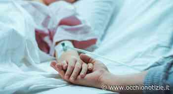 Malore mentre balla, poi va in coma: 68enne si risveglia dopo 14 mesi nella casa di riposo - L'Occhio