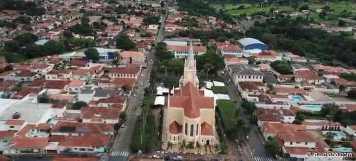 Santa Rita do Passa Quatro terá confinamento de 5 dias e pessoas com Covid-19 vão usar pulseiras - G1