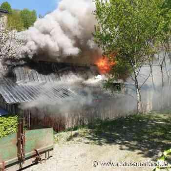 Brand nahe Gasflaschen in Schmallenberg-Harbecke - Radio Sauerland