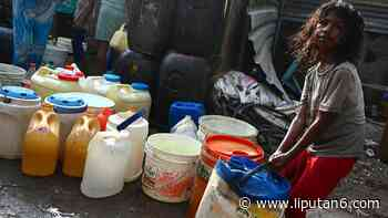 FOTO: Potret Sulitnya Dapat Air Bersih di New Delhi - Liputan6.com