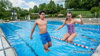 Uhingen macht den Anfang: Freibadsaison hat begonnen - SWP