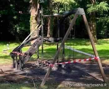 Rodano, la giostra bruciata costerà ai cittadini più di ventimila euro - Prima la Martesana