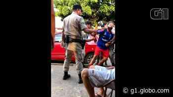 Professor é preso em Trindade por não retirar de seu carro faixa com 'Fora Bolsonaro Genocida' - G1