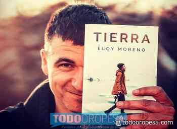 El escritor Eloy Moreno visita Oropesa en su irrepetible gira de 'Tierra' - Todo Oropesa