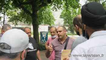 Pantin : les commerçants «volants» du marché Magenta s'insurgent contre la hausse des tarifs - Le Parisien