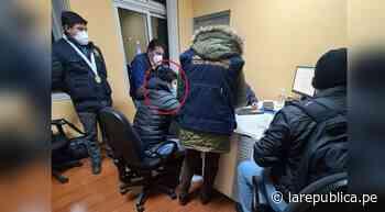 Puno: agente aduanero cae por recibir coima de 5 soles en Desaguadero - LaRepública.pe