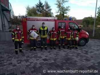 Feuerwehr Verbandsgemeinde Kirchheimbolanden: Damit das Löschwasser nicht ausgeht Versicherungskammer Bayern übergibt Schwimmsauger - Kirchheimbolanden - Wochenblatt-Reporter