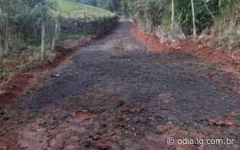 Secretaria de Obras conclui recuperação em trechos da estrada Rio Bonito e Caboclos no Brejal - Jornal O Dia