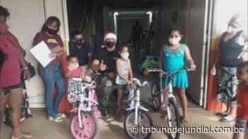 Crianças carentes recebem doação de bicicletas, em Birigui - Tribuna de Jundiaí