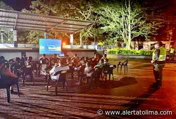 Policía llegó con 'Cine al Parque' al corregimiento de Santiago Pérez, en Ataco - Alerta Tolima