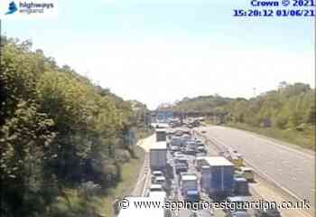 Crash on M25 near Waltham Abbey and Loughton - Epping Forest Guardian