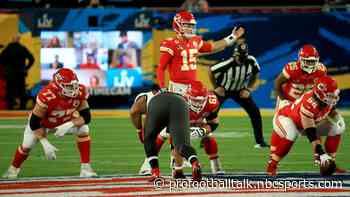 Patrick Mahomes working on building chemistry with new offensive line