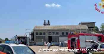 Florence mall evacuated after fire on roof - La Gazzetta del Mezzogiorno