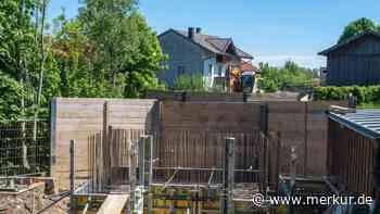 Neuer Schwung für Holzkirchner Kindergartenbrücke: Bauarbeiten laufen - Merkur Online