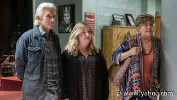 Michael Douglas, Kathleen Turner & Cast on 'The Kominsky Method' Final Season   THR Interview - Yahoo Lifestyle