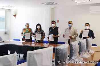 La UABJO entregó equipos de cómputo a sedes de Tlaxiaco y Chuites - www.nssoaxaca.com