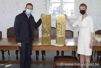 Geschonken tabernakel krijgt ereplaats in het gemeentehuis