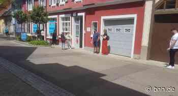 Lockerungen im Landkreis Karlsruhe führen zu Schlangen vor den Testzentren in Bretten - BNN - Badische Neueste Nachrichten