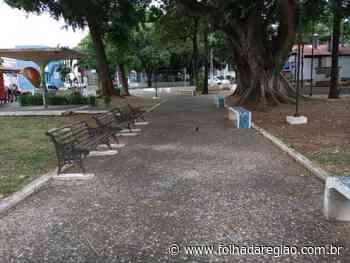 Câmara de Penápolis cobra manutenção de praça suja com fezes de pombos - Folha da Região