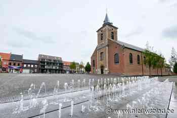 Leerlingen academie exposeren in Sint-Amandskerk