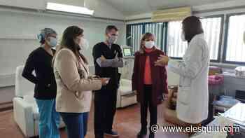 Salud entregó un equipo de diálisis al Hospital San Juan Bautista - Diario El Esquiu