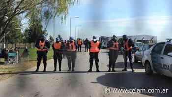 Más de 100 policías buscaron a Tehuel en dos predios en Burzaco y San Vicente - Télam