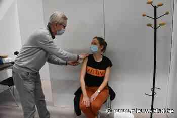 KAART. Kijk hier hoever jouw gemeente staat met vaccineren, dankzij 'Brussel-effect' kunnen heel wat veertigers en zelfs dertigers al hun coronaprik krijgen
