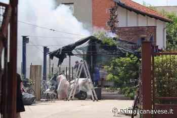 Capanno distrutto dalle fiamme a Leini - Prima il Canavese