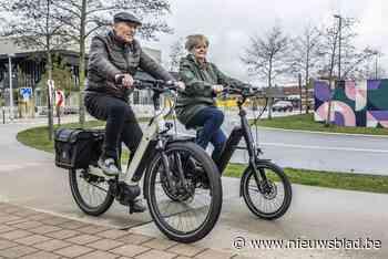 """Politie gaat opleiding geven om veilig elektrisch te fietsen: """"Voor je het weet rij je 25 kilometer per uur"""""""