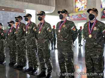 La Fanb otorga condecoración a militares patriotas rescatados - Últimas Noticias