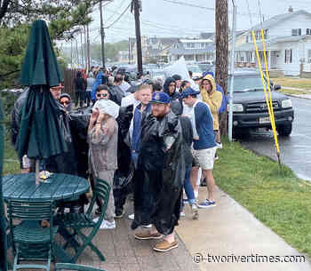 Rainy Holiday Weekend Still Successful for Towns, Businesses - The Two River Times