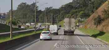 Engavetamento entre veículos na rodovia Régis Bittencourt em Itapecerica da Serra - Mobilidade Sampa