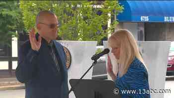 Humes sworn in as new Waterville Twp. police chief - 13abc Action News