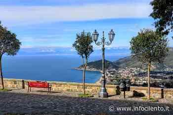 Obbligo di prenotazione per gli autobus diretti al borgo di Castellabate - Info Cilento