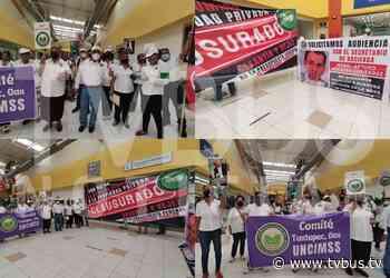 Jubilados del IMSS toman el SAT en Tuxtepec para exigir devoluciones - TV BUS Canal de comunicación urbana