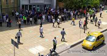 Falsa alarma: descartan amenaza de bomba en centro comercial de Floridablanca - Blu Radio
