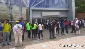 Por prevención evacuaron centro comercial - Caracol Radio