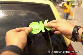 Floridablanca realizó jornada de desinfección de taxis - Canal TRO