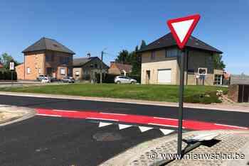 Communautaire verwarring op steenweg: in Vlaamse gemeente he... (Overijse) - Het Nieuwsblad