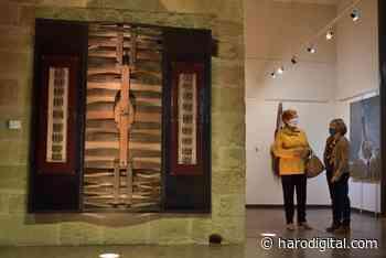 FOTOS: El Torreón de Haro inaugura 'De grana y roble', del artista riojano Óscar Cenzano - Haro Digital