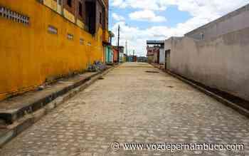 Prefeitura de Lagoa do Carro realiza obras nos bairros Recanto Carpina e Invasão - Voz de Pernambuco