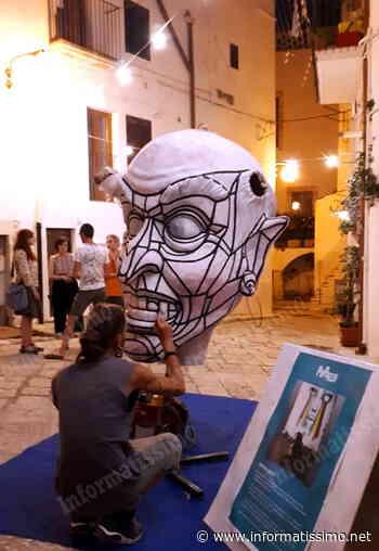 """Putignano - Il Carnevale riparte in estate con sculture in cartapesta e le """"Botteghe Aperte"""" - Putignano Informatissimo"""