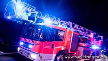 500.000 Euro Schaden bei Brand einer Lagerhalle - Süddeutsche Zeitung
